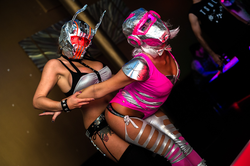 dance_boutique_cosplay_072212-134
